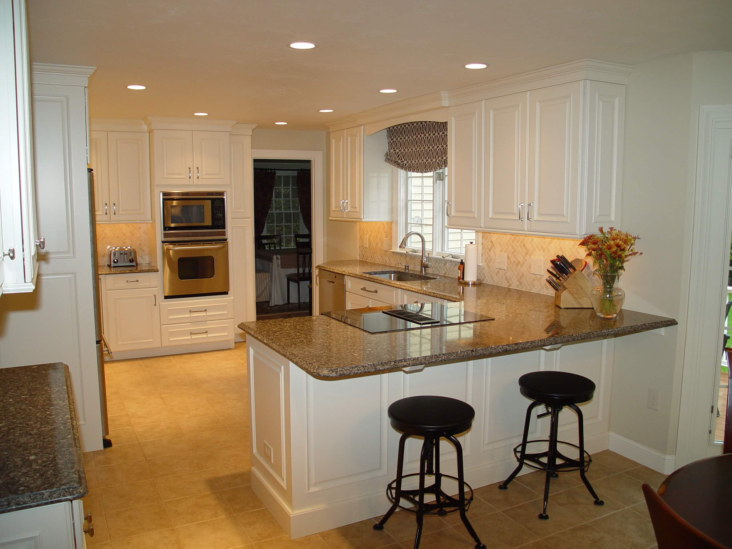 Differences Between Modern Traditional Kitchens The Kitchen